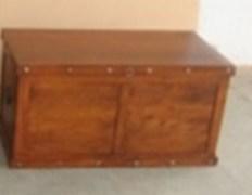 The Home Treasury JS 010 Acacia Wood Studd Design Box