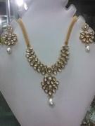 Sanmati Kundan & Diamond Jewellery Set