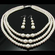 Hyderabadi Shell Pearl Set