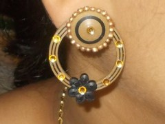 Black & Golden quilling earrings