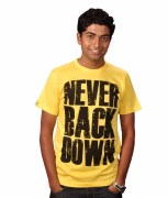 SharkTribe STR11-0007-Neverbackdown T-Shirt