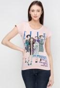 Elle Short Sleeve Elle Magazine Graphic T-Shirt