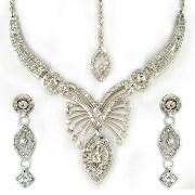 Sonaria's Riva Gorgeous Necklace Set