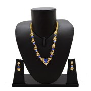 NECKLACE SET WITH MATCHING EAR TOPS
